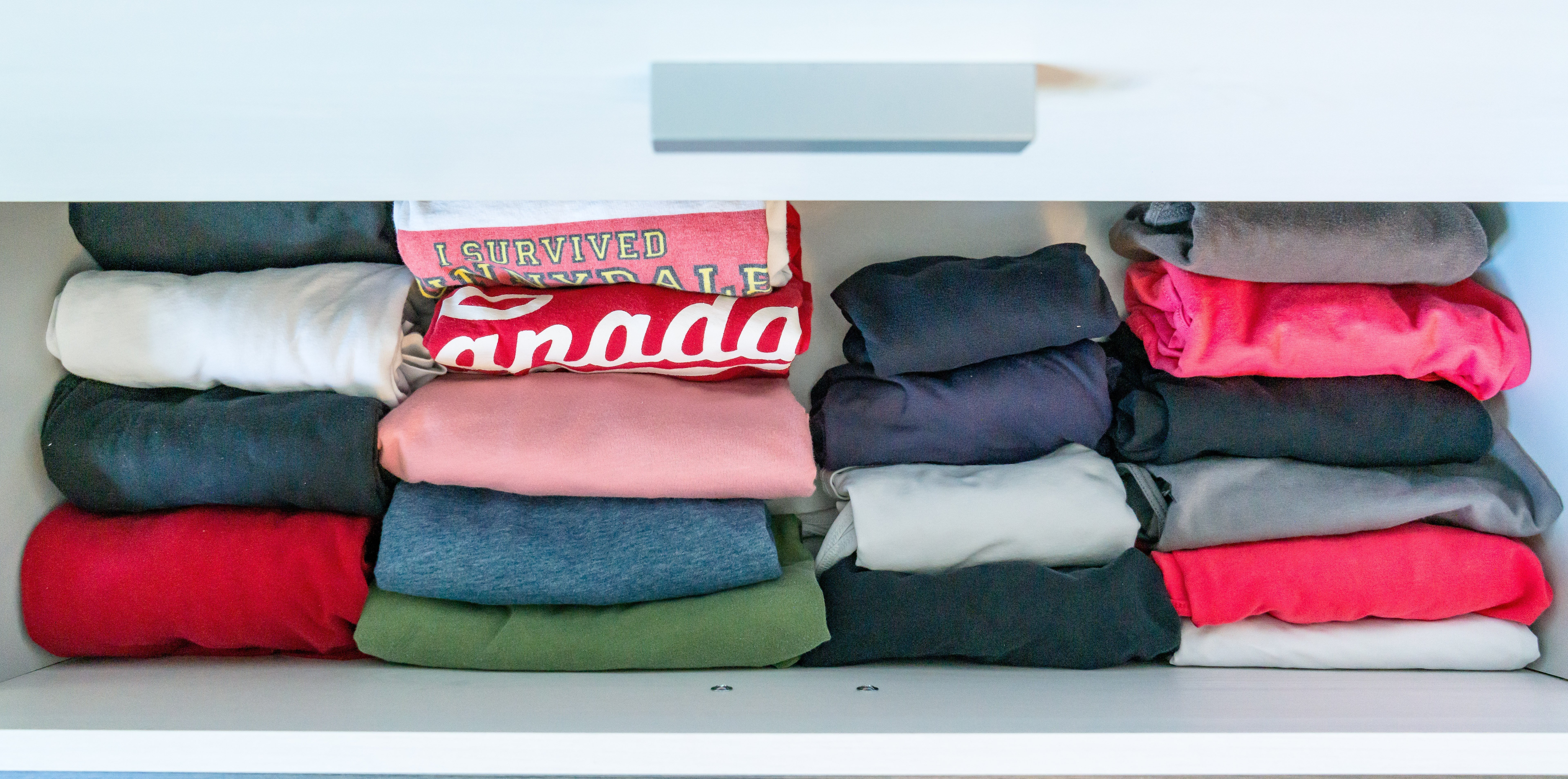 10 1heather t shirt drawer after - 10 Budget Home Organizing Products Under $20.00
