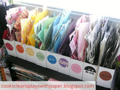 Canva scrap paper - ORGANIZING FAVOURITES: 20 WAYS TO ORGANIZE WITH MAGAZINE HOLDERS