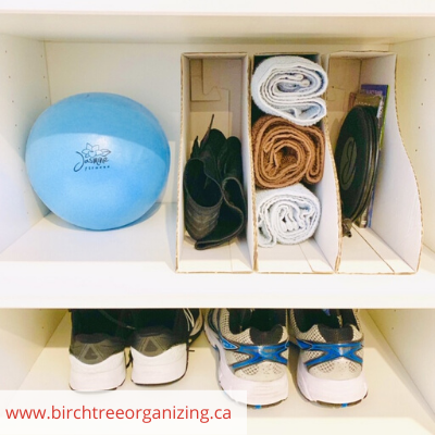 Canva work out - ORGANIZING FAVOURITES: 20 WAYS TO ORGANIZE WITH MAGAZINE HOLDERS
