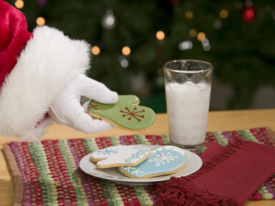 Canva cookies and milk - 13 EASY TIPS FOR A STRESS-FREE CHRISTMAS MORNING