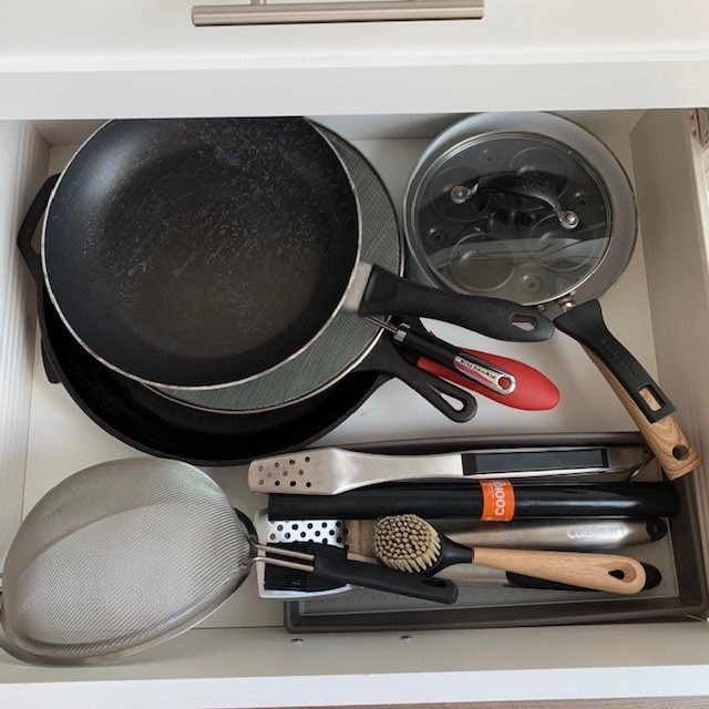 frying pans after e1576418497925 - KITCHEN MAKEOVER