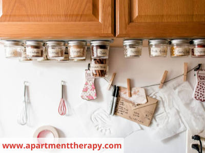 Canva under cabinets - 26 EASY WAYS TO ORGANIZE YOUR SPICES