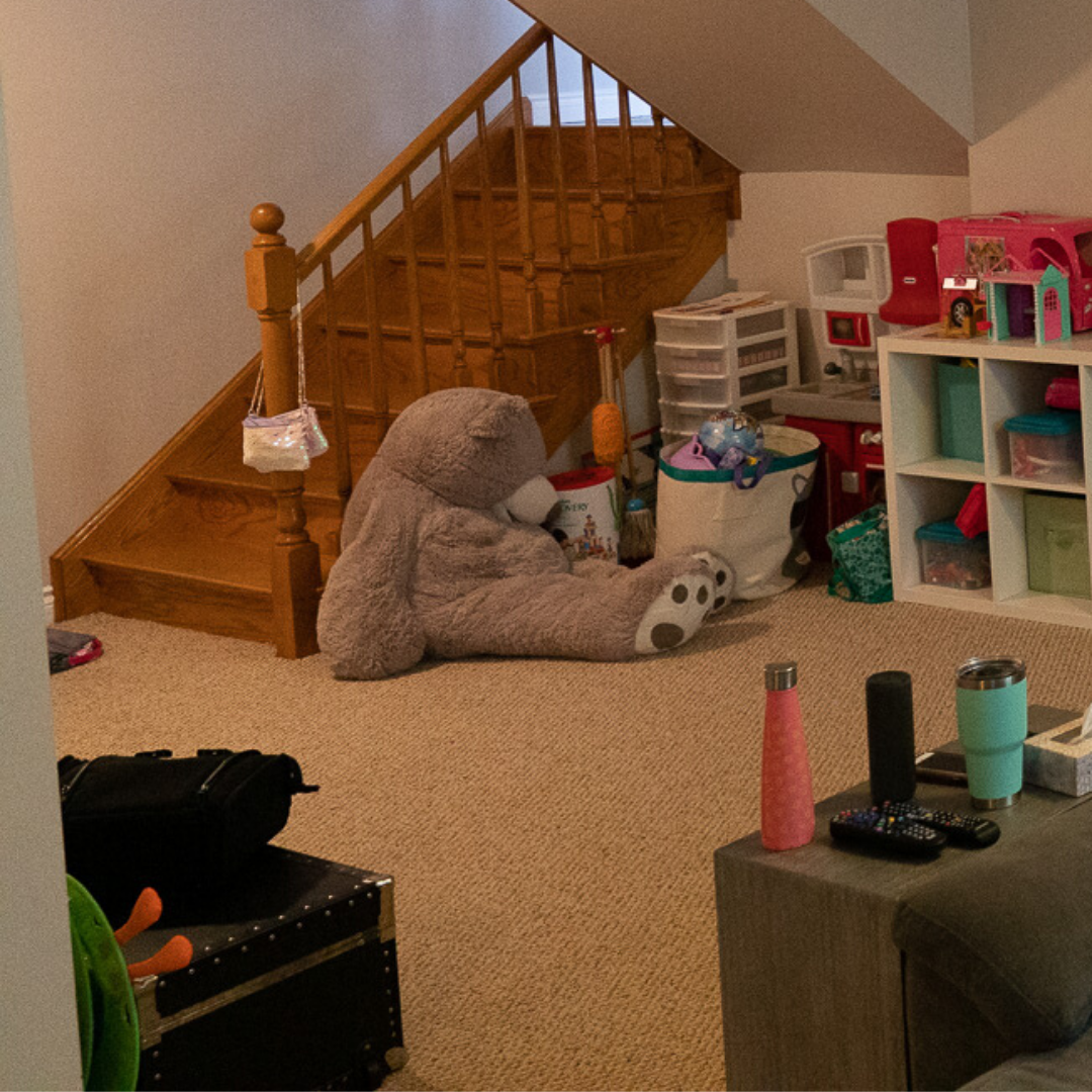 Canva bear corner and side wall before - PLAYROOM