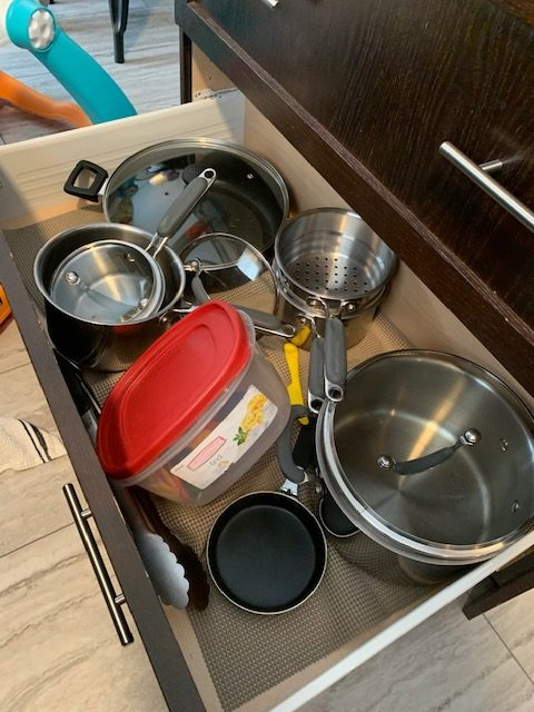 pots before rotated - NEW KITCHEN UNPACKING & ORGANIZING