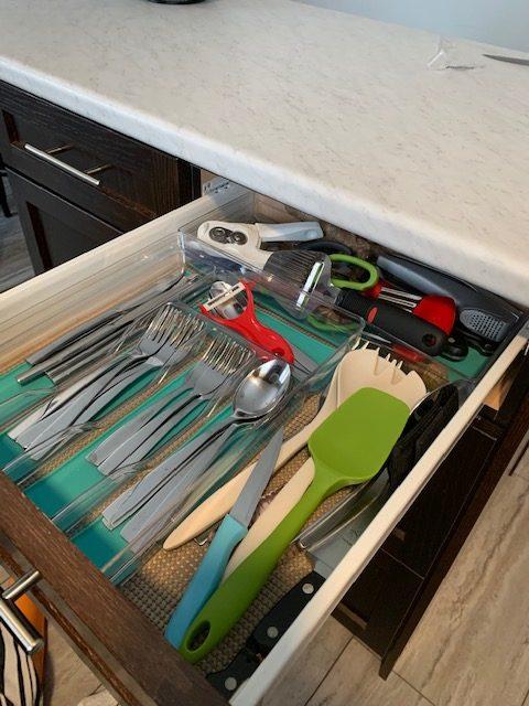 utensils before rotated - NEW KITCHEN UNPACKING & ORGANIZING