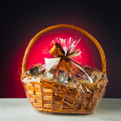 gift basket - 35 Clutter-Free Holiday Gift Ideas