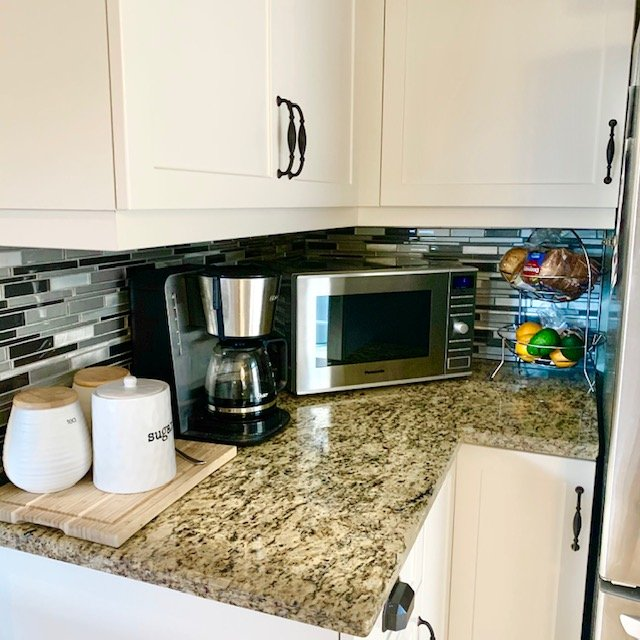 After counter by microwave - SMALL KITCHEN BEFORE AND AFTER PICTURES PART 1: COUNTERS