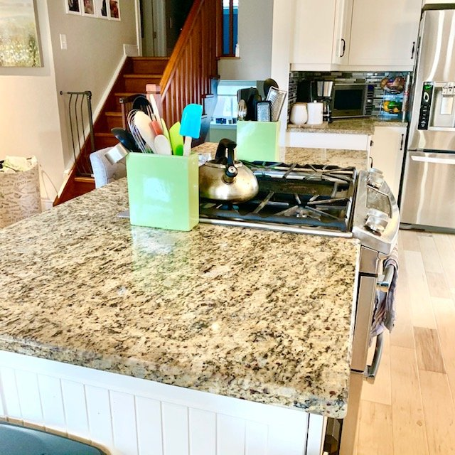 After coutner from front - SMALL KITCHEN BEFORE AND AFTER PICTURES PART 1: COUNTERS