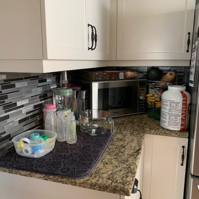 Before Kitchen Counter by microwave rotated - SMALL KITCHEN BEFORE AND AFTER PICTURES PART 1: COUNTERS