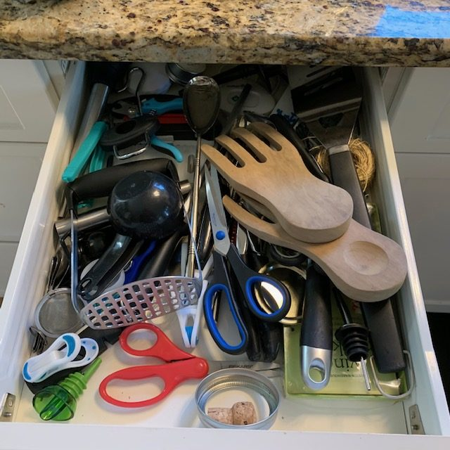 Before drawer beside cutlery rotated - SMALL KITCHEN BEFORE AND AFTER PICTURES PART 2: CABINETS & DRAWERS